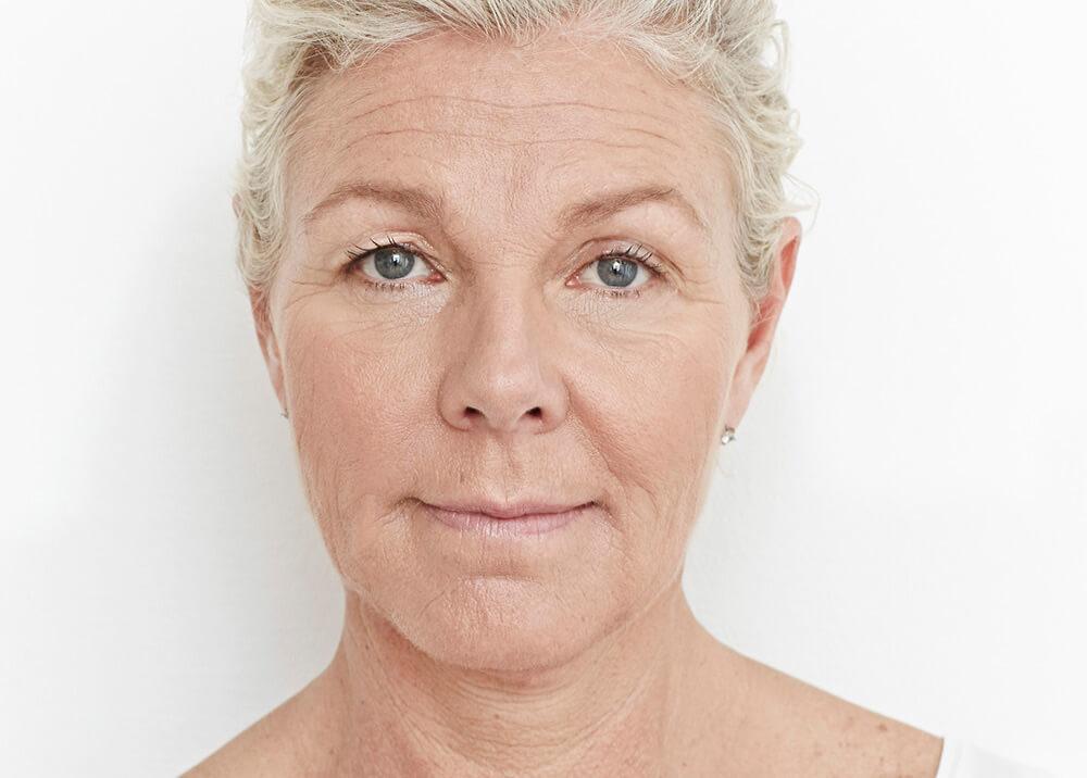 sprøjte ansigtsbehandling blowjob hot blonde